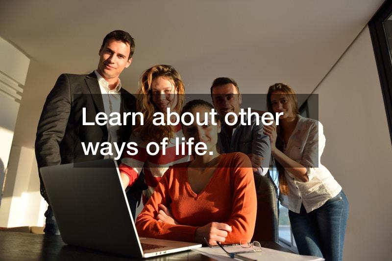 Six Benefits Of Hiring Human Resources Recruiters